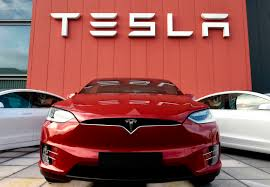 Federal Transport Agency To Investigate Complaints Of Auto-Acceleration In Tesla Cars